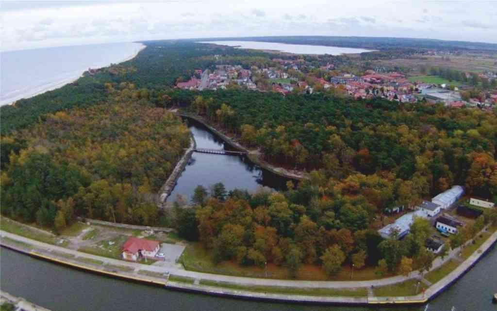 Park Nadmorski - Łabędzi Staw - fot. Wiesław Gwizdała
