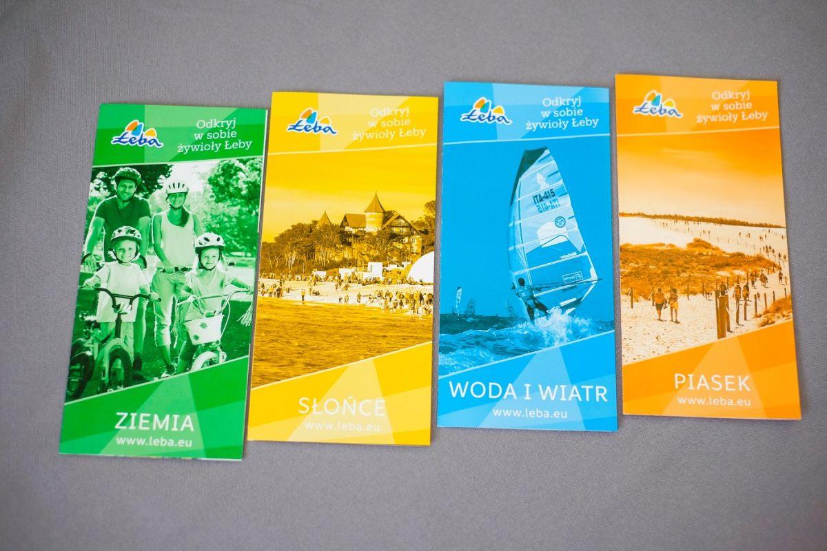 Cztery informatory turystyczne